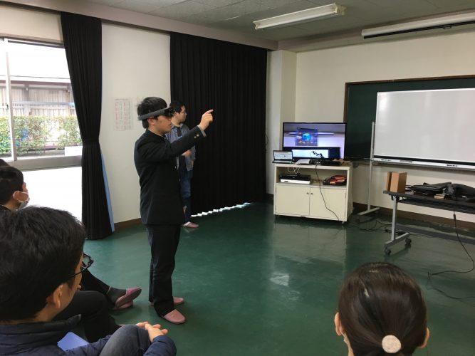 HoloLensも体験